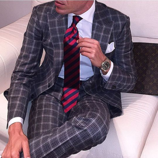 TieOfTheDay.com - Tonight Headquarters | With my Suit @theblacklabelsuits by @danielre