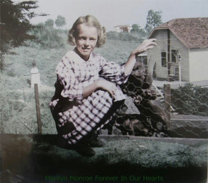 a biography of norma jeane baker aka marilyn monroe Marilyn monroe norma jeane dimaggio (formerly dougherty, née mortenson) (june 1, 1926 – august 5, 1962), but baptized norma jeane baker, better known as marilyn monroe, was an american.