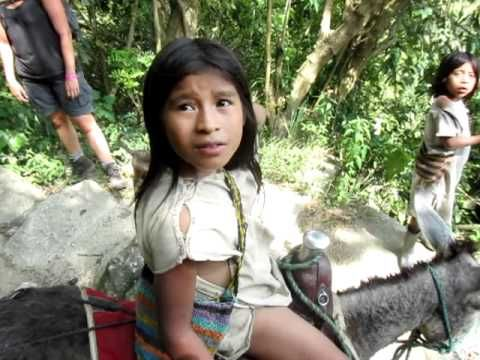Chat with an indigenous #Kogi child @ #Tayrona National Park - Sierra Nevada #Colombia