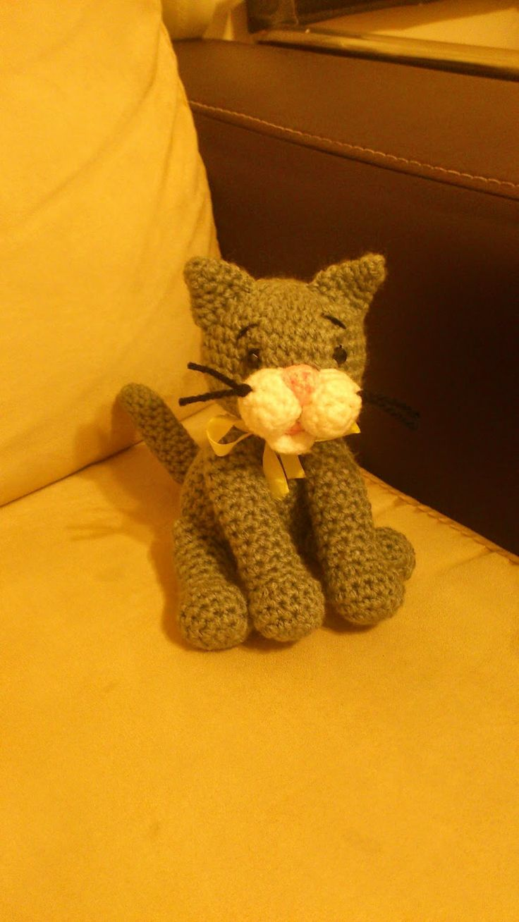 142 best amigurumi cats images on pinterest amigurumi cast on grey cat pattern bankloansurffo Image collections