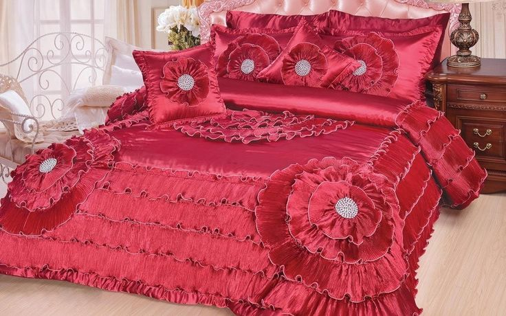 DaDa Bedding Luxurious Victorian Floral Ruby Apple Red Glamorous Bejeweled Ruffles Comforter Set - King - 5 Pieces (BM8086)
