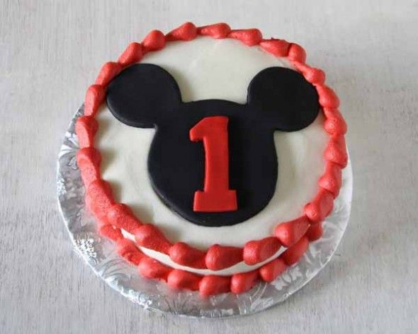 Mickey Mouse Cake and Smash Cake   http://rosebakes.com/mickey-mouse-cake-smash-cake/