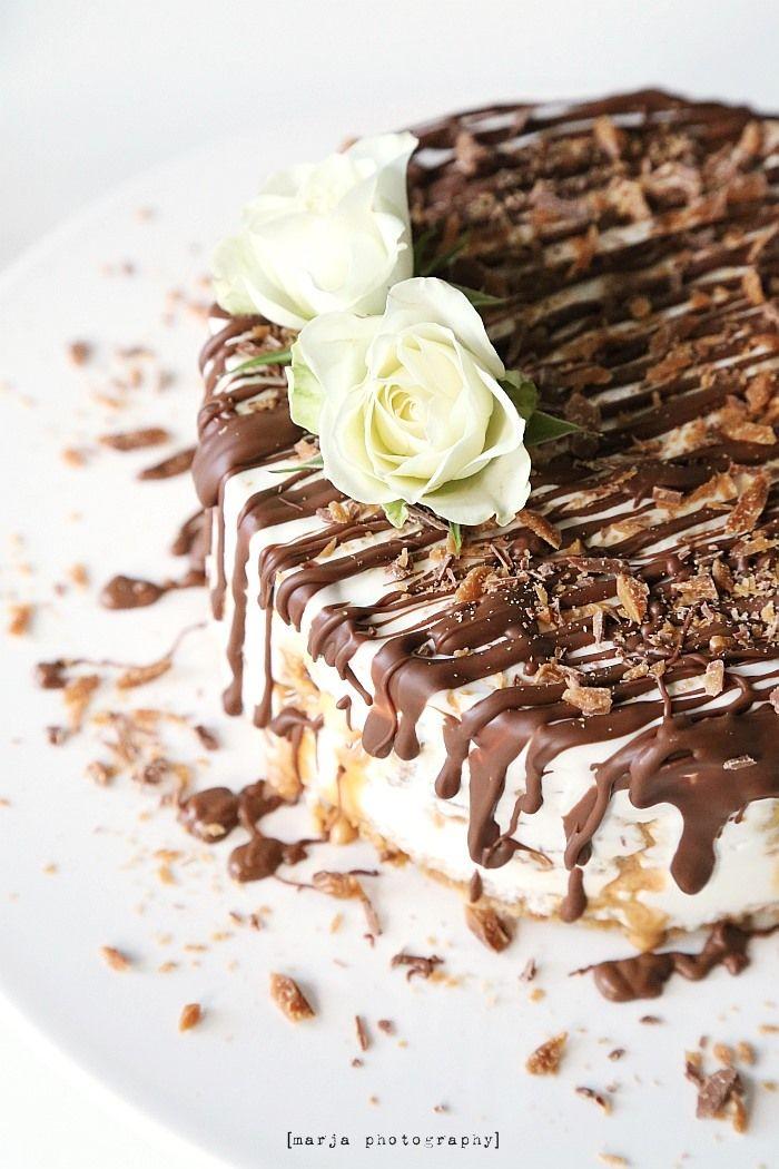 suolaista ja makeaa (jäätelökakku) - Vaaleanpunainen hirsitalo | Divaaniblogit