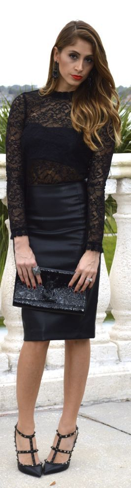 CHIC[autumn]: black leather skirt; lace high neck