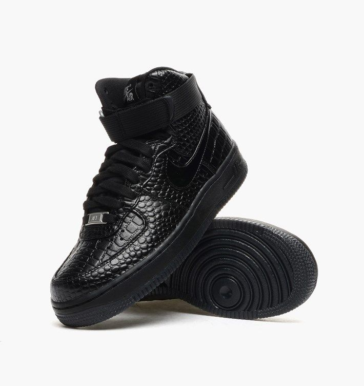 first jordan shoe black and white nike boots