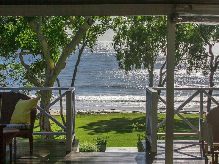 Cottonwood – Stunning North Queensland absolute beachfront property | Unique Estates