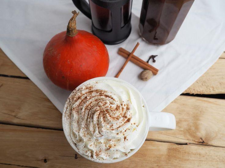 Hurá, je tu podzim!!!Pro měnezačíná datem v kalendáři, ale dnem, kdy ve Starbucksu uvidím Pumpkin spice latte. Mnoho z vás určite zná, al...