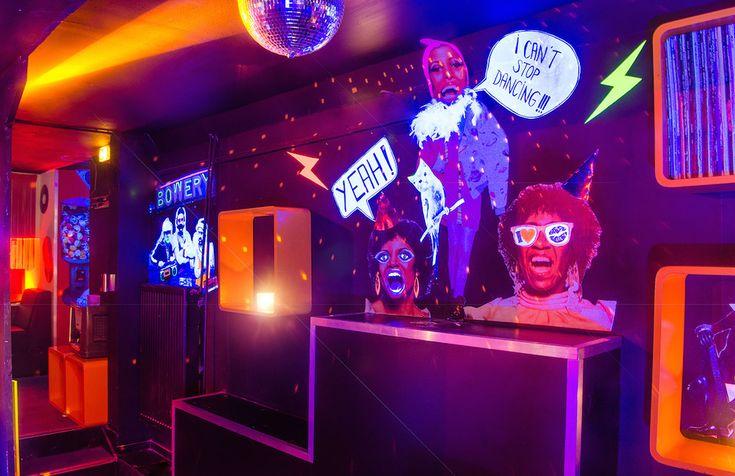 Fette Silvesterparty im Hörsaal in Hamburg Reeperbahn #Silvester2016 #Party #feiern #Reeperbahn #Hamburg http://blog.eventsofa.de/silvesterlocations-2016-silvesterparty-organisieren/