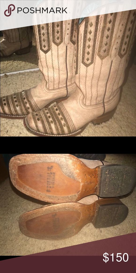 Coral boots Like new size 8 Shoes Ankle Boots & Booties