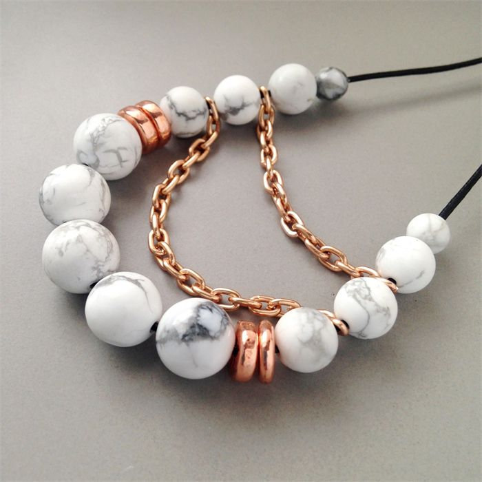 Howlite Gemstone and Rose Gold Chain Necklace