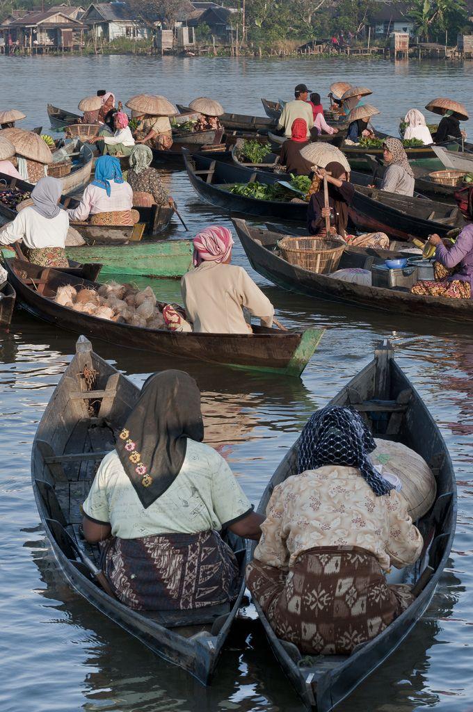 Kalimantan, Banjarmasin, Lok Baitan Floating Market