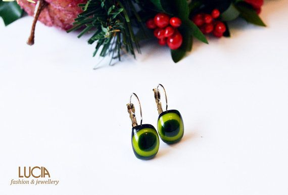 Dark and light green earrings by LuciaProducts on Etsy