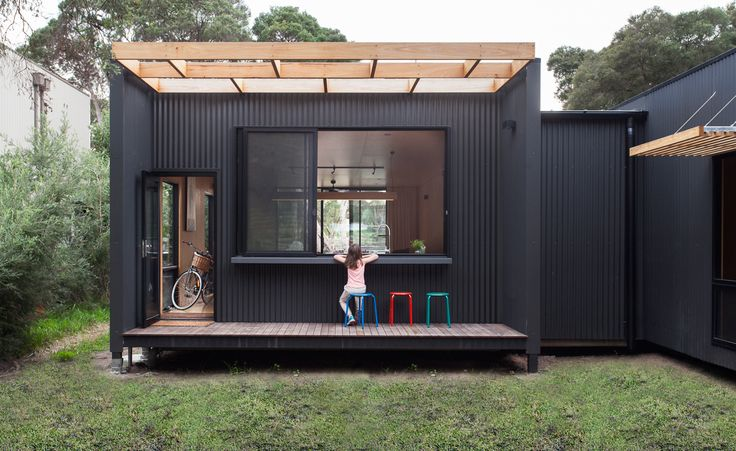 Babycino anyone? | Blairegowrie House. This customised modular design is a prefabricated beauty. Cladded in corrugated colour bond. Photography: Tom Ross #archiblox #prefabhouse #modularhouse
