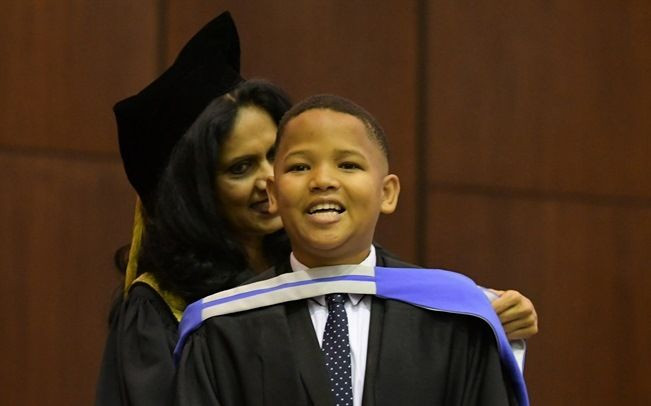 When he was 6 years old, Darren van Roodt started complaining about headaches, and it was discovered that he had a tumour on his brain. The removal of the tumour effected his growth but not his hunger for achievement. Sixteen years later, the 22 year old Darren graduated cum laude with a Bachelor of Science Honours degree in Computer Science at the University of the Western Cape.  Born and raised in Maitland (Cape Town), Darren has been a consistent achiever both at School and at university…