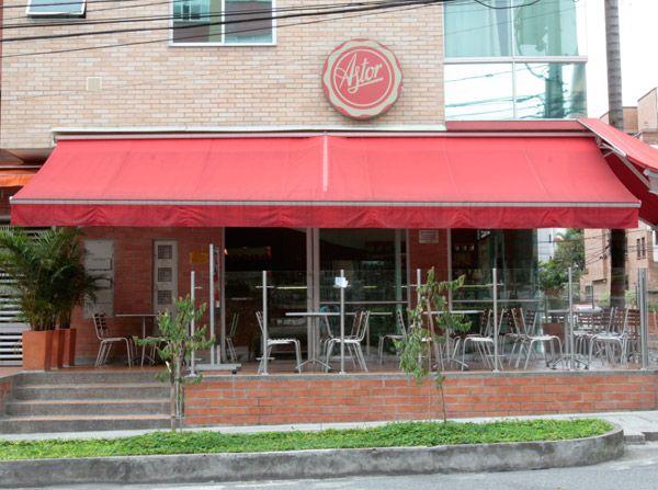 """Nuestro recomendado para este jueves visitar el punto de venta de la @reposteriaastor en """"LAURELES""""     www.elastor.com.co"""