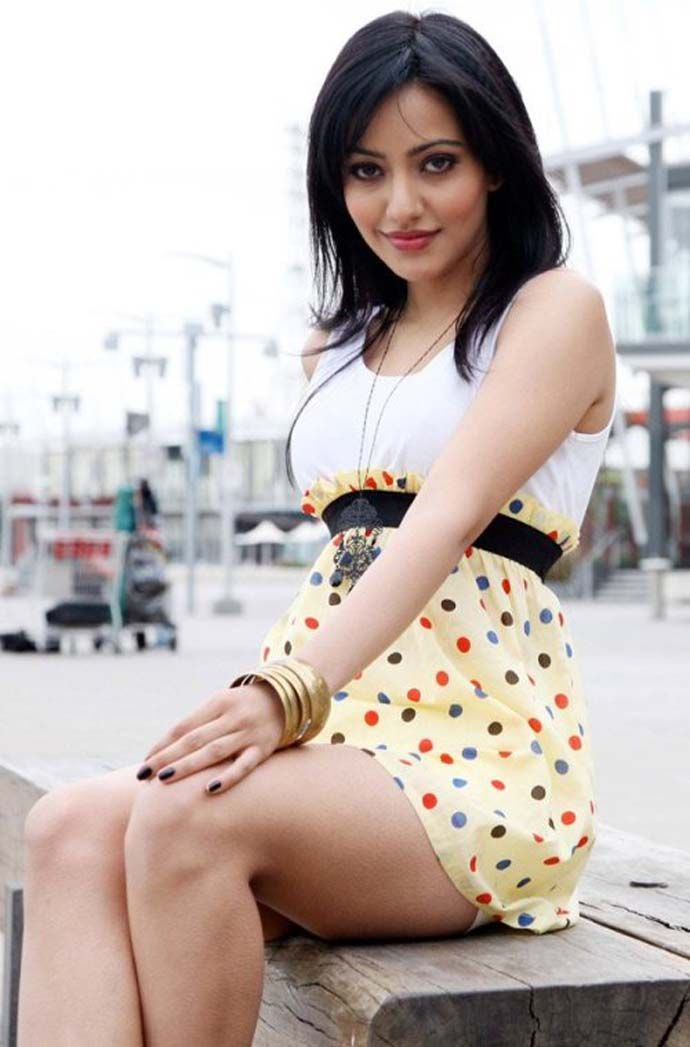 Neha Sharma Exclusive Legs