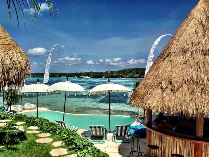 Le Pirate Beach Club (Nusa Ceningan) - Scenic with Crystal clear water - See more at: http://www.thebalibible.com/bali/balis-best-beach-clubs#sthash.vlT3pPzK.dpuf
