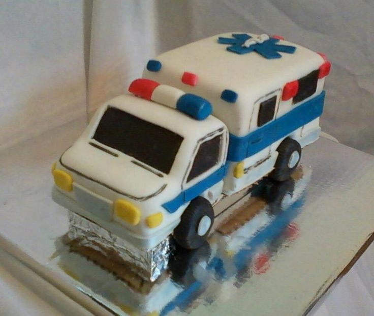 ambulance cake - ambulance cake for a new EMT!