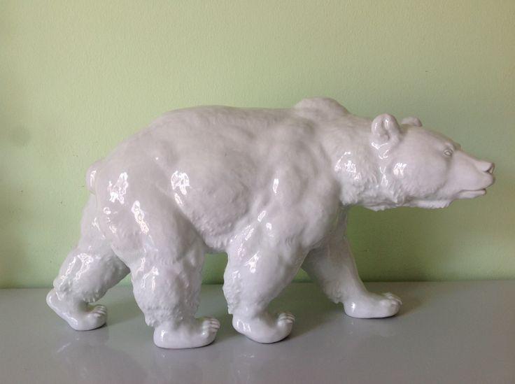 Фигура из белого фарфора «Медведь» «Гризли»,42 см., Мейсен (Meissen),