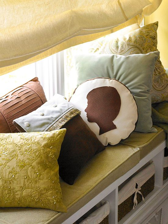Make your own silhouette accent pillow!
