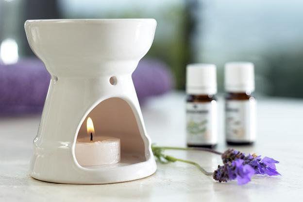 brûle parfum, carrés fondant, huiles essentielles, sable parfumé .......... retrouvez tous nos produits sur www.lady-lorcy.com