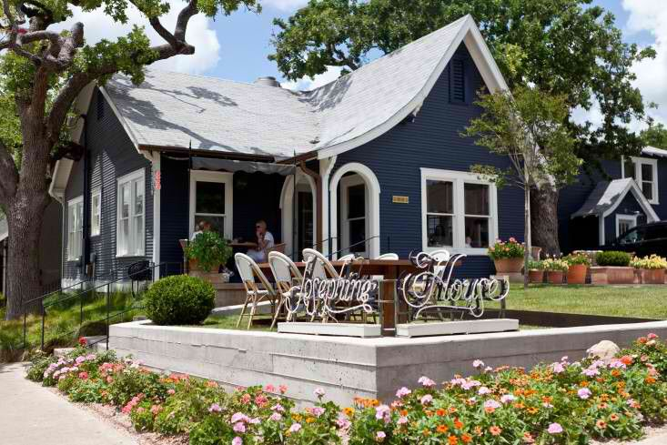 Best Love The Simple Bungalow With Navy Siding And Light Grey 400 x 300