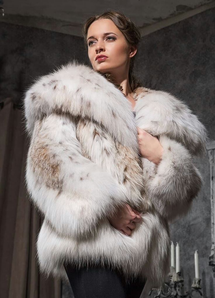 1000  images about Lucious Lynx Furs on Pinterest | Coats Sexy