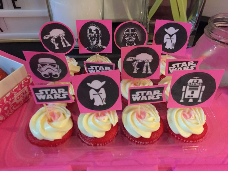 Star Wars Valentine's Day cupcakes diy toppers