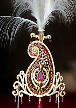 Jeweled Moghul turban plume.