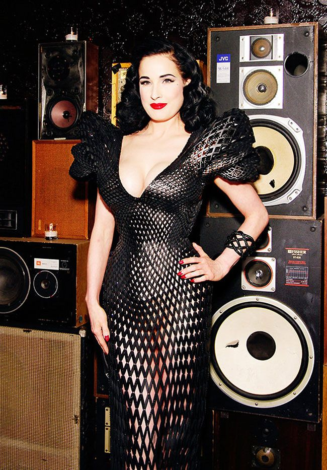 Dita Von Teese wears the first completely 3D printed dress.