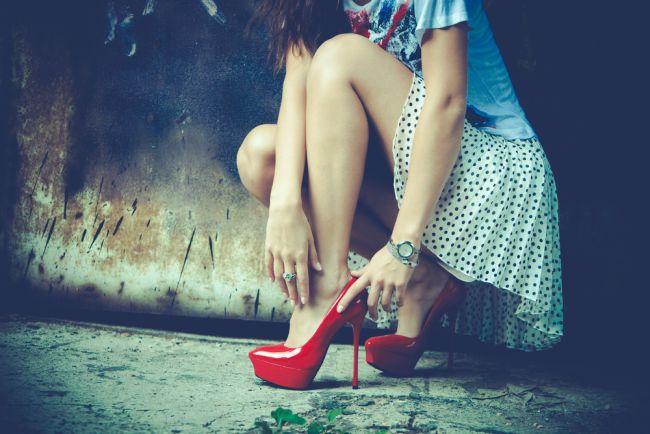 Cat de periculosi sunt pantofii cu toc