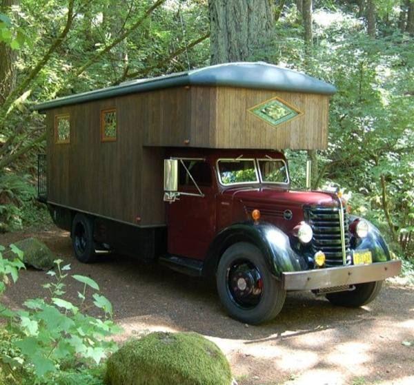 The Big Maroon: Custom Housetruck by Federal Motorhome Company, read more: www.backyardliving.nl