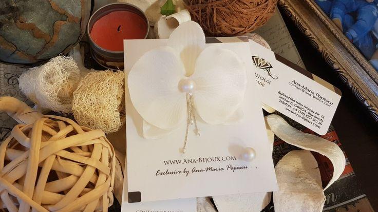 Cercei Orhidee #ANA1008 - Cercei Handmade Orhidee cu perle SWAROVSKIautentice, tije si clipsArgint 925. Cercel mic cu perla SWAROVSKI tije si dop Argint 925.   - Bijuterii Handmade - Ana Bijoux Handmade | Ana-Bijoux.com | Ana Bijoux Group