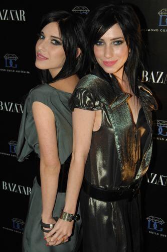 The Veronicas.