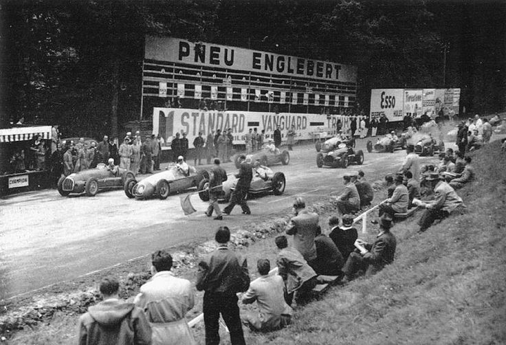 Nostalgia: The very old Spa. 1949. Belgian Grand Prix at Francorchamps, with Luigi Villoresi (Ferrari 125), Juan-Manuel Fangio (Maserati 4CLT) an Philippe Etancelin (Lago-Talbot T26C) making up the front row.