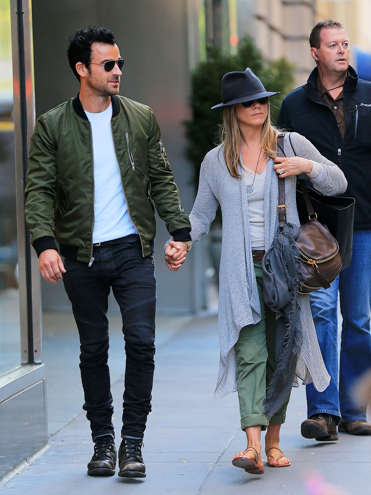 Jennifer Aniston and Justin Theroux Have a Big Apple Day While She Makes Big Plans