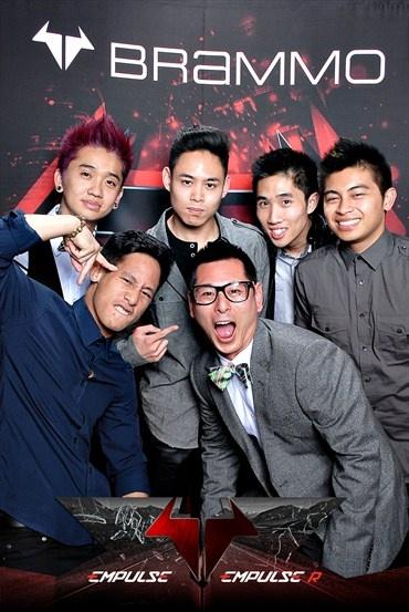 @BrammoSays My #Brammo #Empulse launch event pic! with @gainfullyidle -via @Poreotics #Poreotics