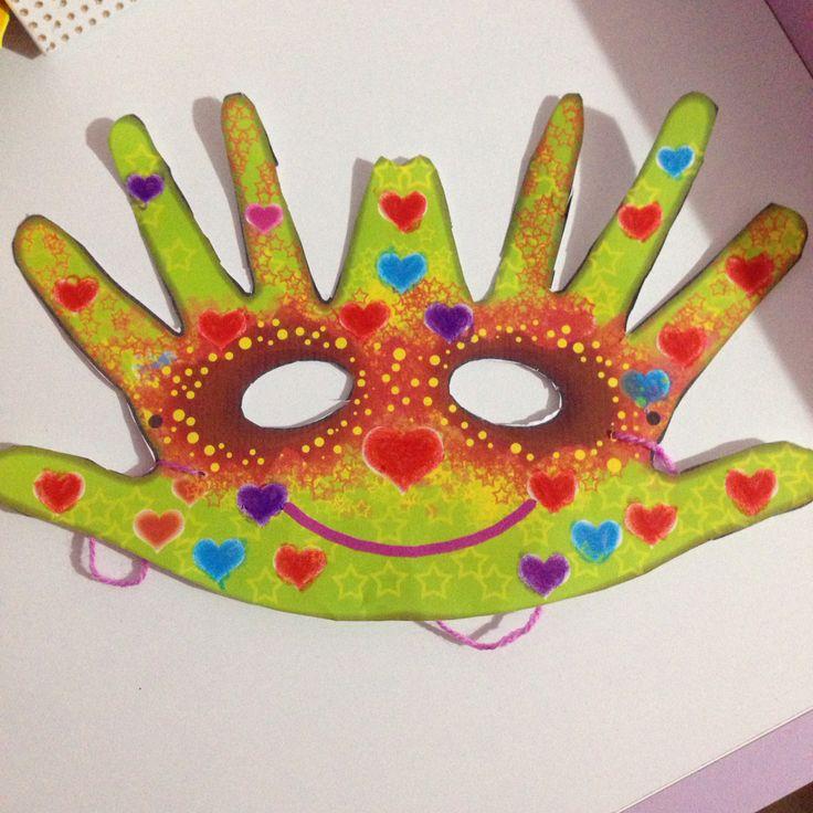 Hand mask...