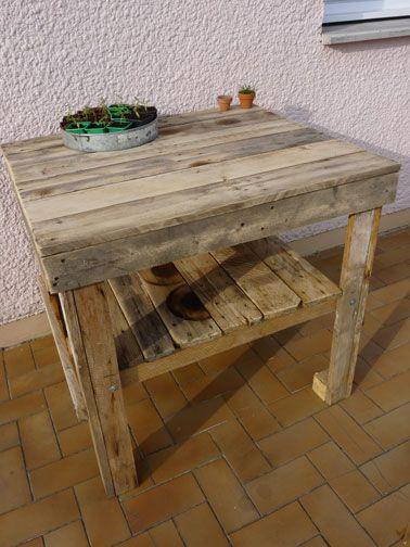 desserte de jardin en palette bois
