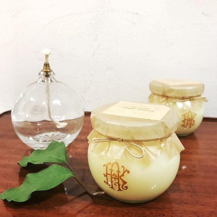 【Night Jasmine】 夏らしいジャスミンの香りのキャンドルが復活致しました。 夜に咲く可憐なジャスミンの濃厚な香りをぜひお楽しみ下さいませ。 ジャスミン好きの方必見です。  Night Jasmine…ジャスミン栽培の歴史は古代エジプトからと言われます。 高貴な香りだちは多くの人々を魅了してきたことでしょう。  #arokandela #nagoyaparco #aroma #candle #キャンドル #Jasmine #ジャスミン #アロカンデーラ #名古屋パルコ http://misstagram.com/ipost/1567268055788537572/?code=BXADf41F8bk
