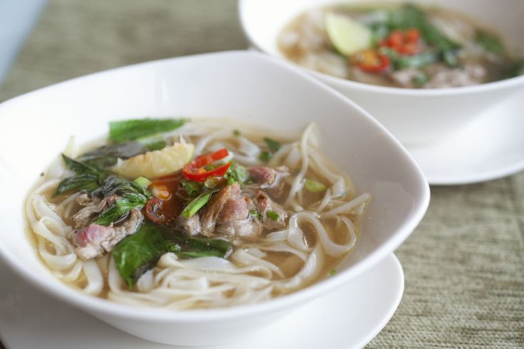 Pho (Vietnam) A popular street food in the country, it is a noodle soup that is prepared with rice noodles, herbs and meat.
