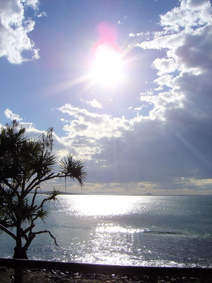 An original from my photo collection. Taken back in June 2007 Noosa, Queensland, Australia. Absolutely gorgeous place, a must visit for everyone!
