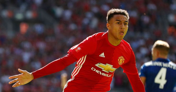 Manchester United's Jesse Lingard poised for new 4 year deal despite halftime hook in derby loss