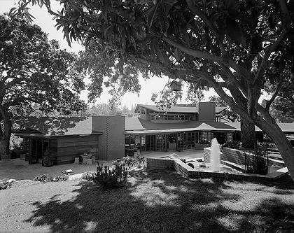 Hanna House, 'Honeycomb House'. Frank Lloyd Wright. 1936-7. Stanford, California. Usonian Style.
