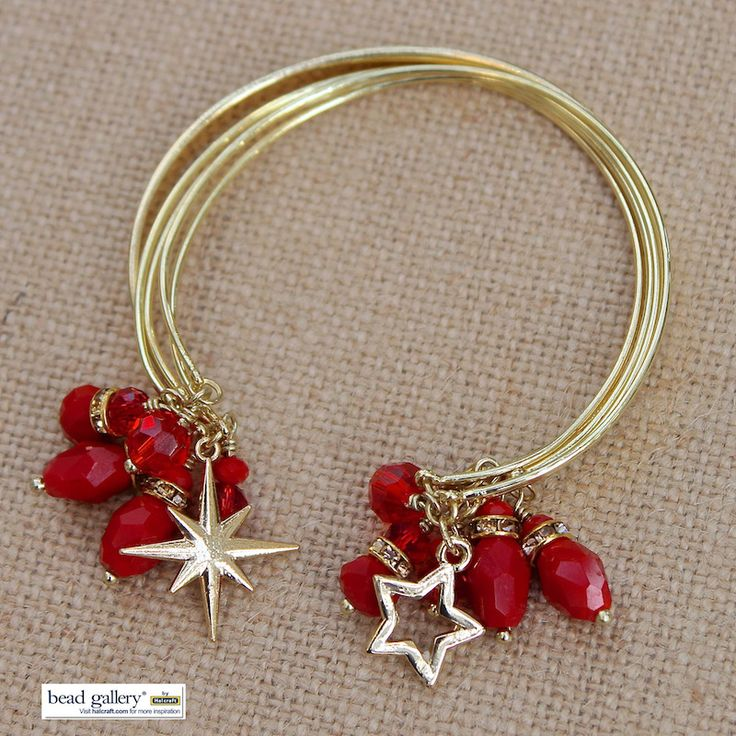 Learn how to make these festive #bracelets!
