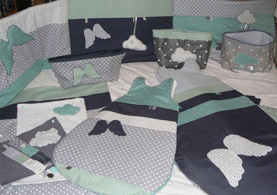 th me chambre b b vert d 39 eau gris perle blanc anthracite tour de lit gigoteuses housse. Black Bedroom Furniture Sets. Home Design Ideas