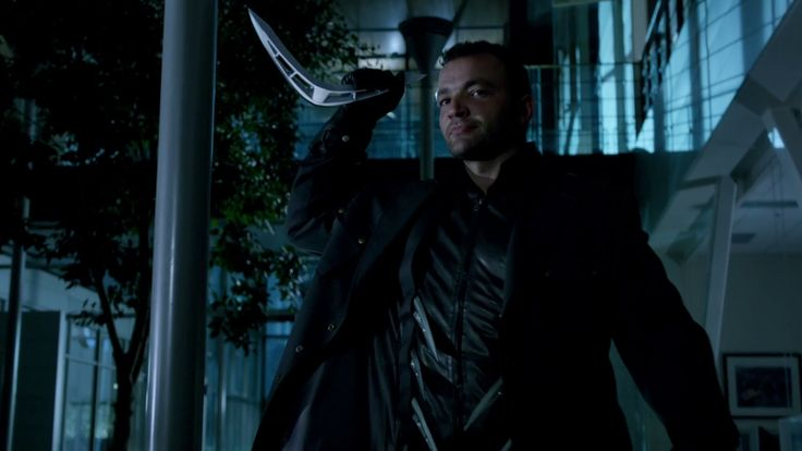 The Arrow. CW. Captain Boomerang