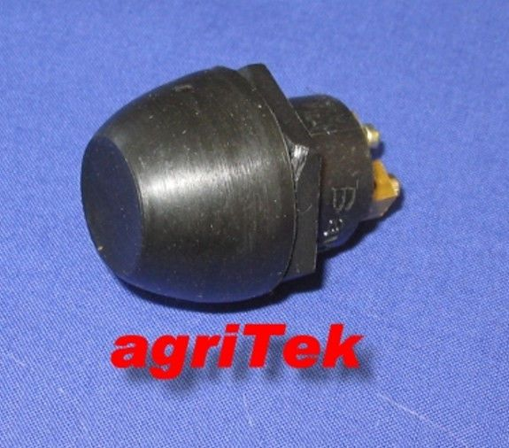 Schalter Druckschalter mit Gummikappe Spritzwasser geschützt f Anlasser Hupe etc