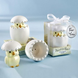 cute baby shower favors.  little chick salt and pepper shakers.