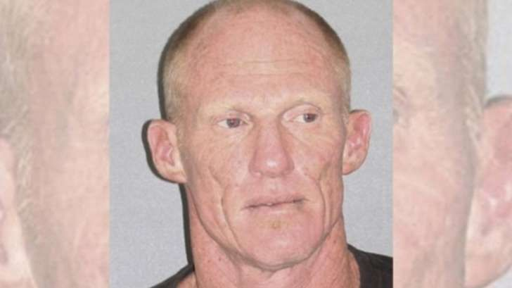 Ex-NFL QB arrested, found naked with meth, weed